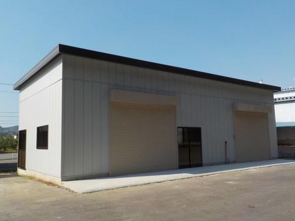 整備工場倉庫